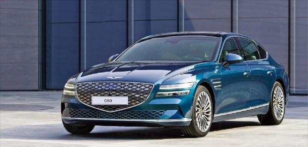현대자동차가 출시한 제네시스의 전기차 G80 전동화 모델.  현대차 제공