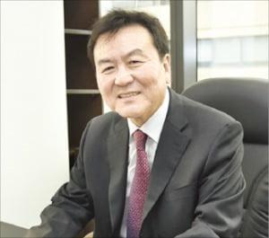 """신제윤 청소년금융교육협의회장 """"가봉보다 낮은 '금융IQ'…10대 금융교육 시급"""""""
