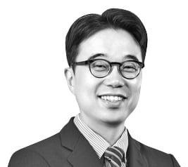 """""""경기회복株 이미 많이 올라…금융·건설·골프 업종 유망"""""""