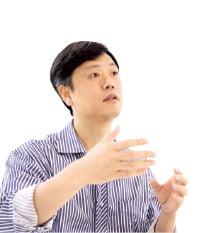 청바지 입고 직접 운전 '겸손의 아이콘'…KAIST에 수백억 기부