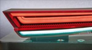 예술이 된 뒤태…필름처럼 휘어지는 HLED 리어램프 세계 첫 개발