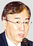 尹캠프, '예산통' 관료 출신 영입