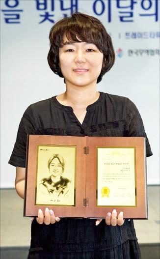동남아 女心 사로잡은 화장품…'SNS 입소문' 타고 매출 급증