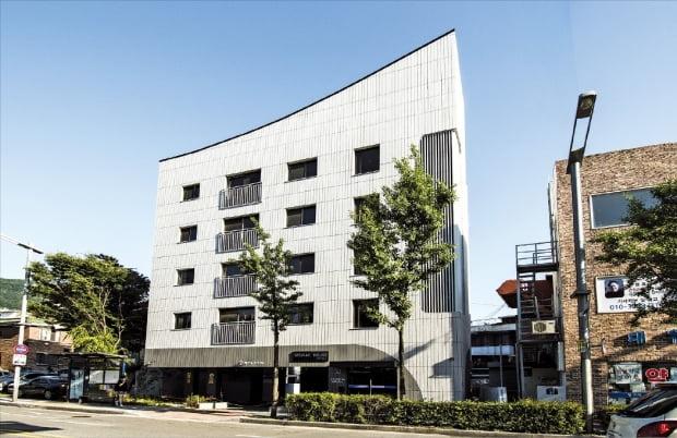 서래하우스, 감각적 디자인에 '계절 창고'까지…아파트 같은 다세대주택