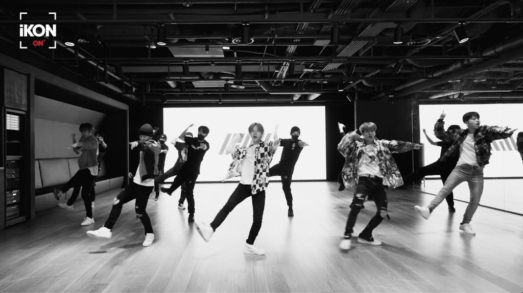 아이콘, 하이브 팬플랫폼 위버스 합류…YG 가수 두번째