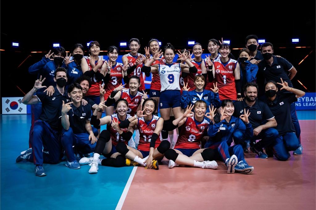 한국 여자배구, 캐나다 풀세트서 꺾고 VNL서 3승째