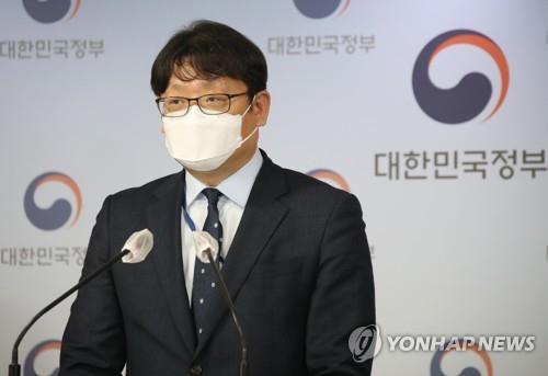 """정부 """"50인 미만 기업 93% 주 52시간 가능""""…계도기간 안 준다"""