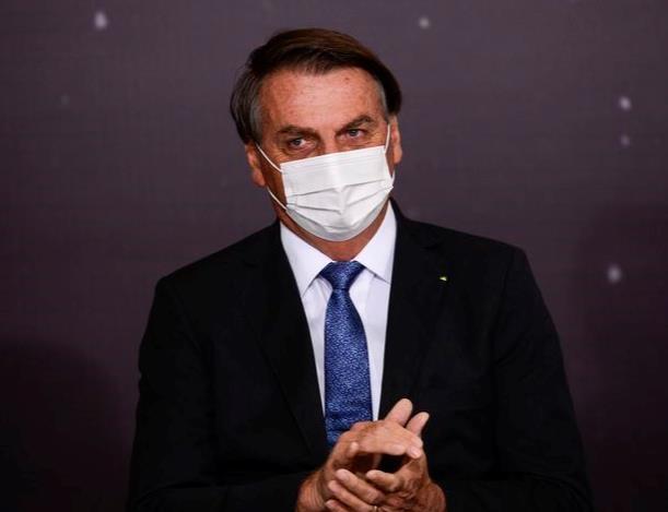 코로나 백신에 거부감 가진 브라질 대통령, 백신여권도 반대