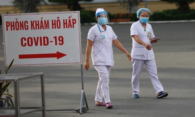 베트남 하루 확진자 다시 400명대…코로나 확산세 커져
