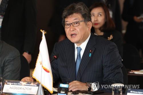 日문부성 '종군 위안부' 설명회…출판사에 표현 정정 압박