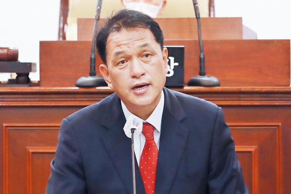 """태백시의회 """"젊은 부모 떠난다""""…시 교육정책 질타"""