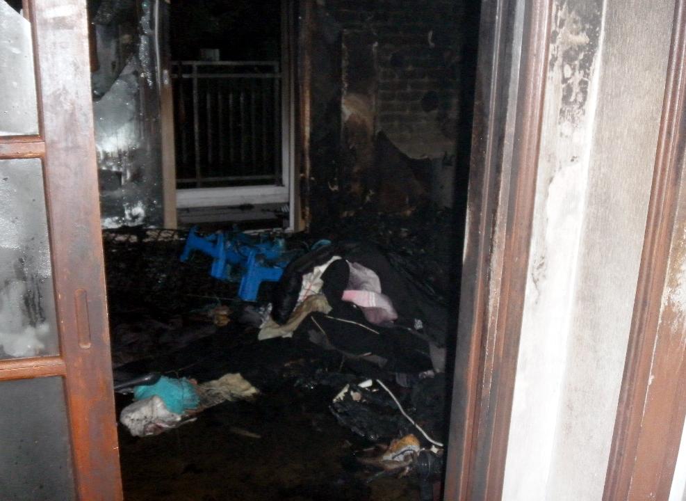 익산 아파트서 불…침실에 있던 70대 숨져