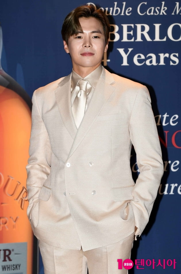 [TEN 포토] 박은석 '오늘도 열일하는 로건 리'