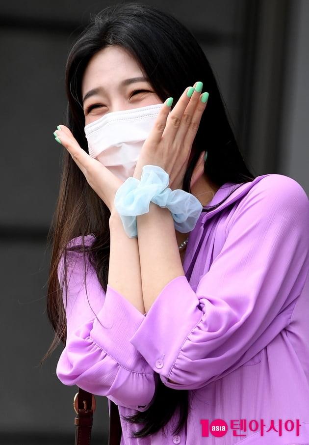 [TEN 포토] 레드벨벳 조이 '빵 터져도 이쁨 초과'