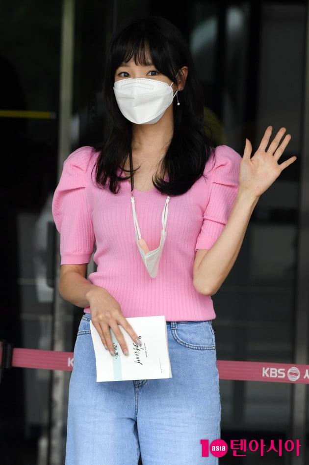 [TEN 포토] 천이슬 '핑크를 사랑하는 여인'