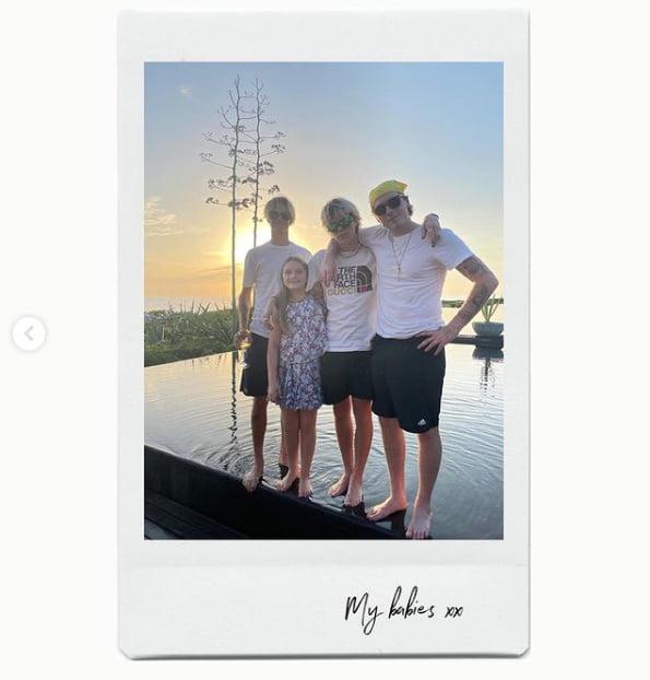 빅토리아 베컴 '휴가지에서 가족들과 즐거운 추억을 떠올리며...' [TEN★]