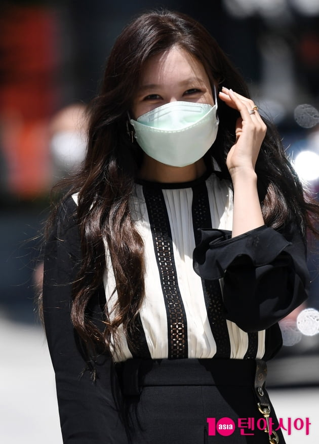 [TEN 포토] 이지아 '햇빛도 질투하는 미모'
