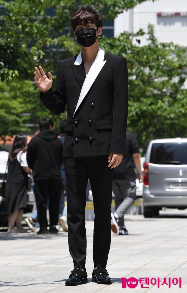 [TEN 포토] 윤종훈 '훈훈한 병약섹시'(펜트하우스3)