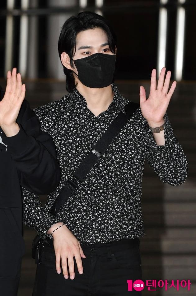 [TEN 포토] 라비던스 김바울 '진한 남성미'