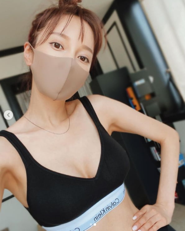 아유미, 섹시한 브라탑 '군살은 어딨니?'[TEN★]