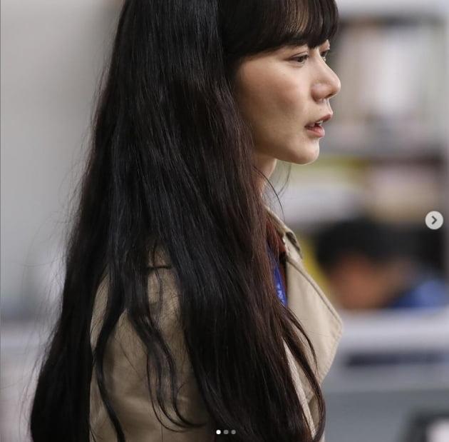 배두나, 이상순 사진전으로 문화생활...여행가고 싶다[TEN★]