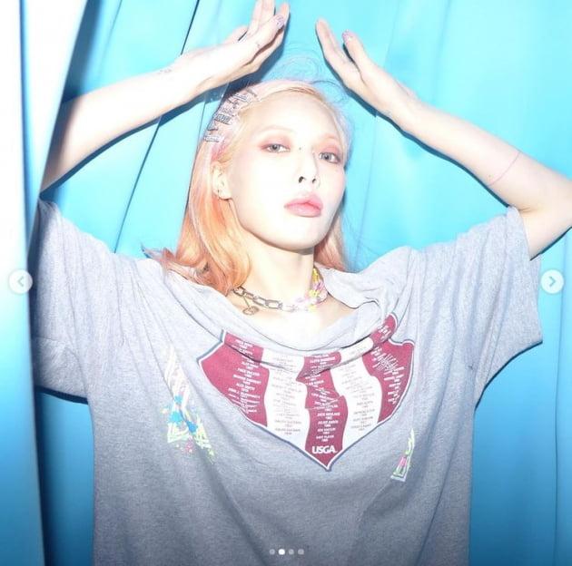 '던♥' 현아, 아찔한 티셔츠...은근히 섹시하네[TEN★]