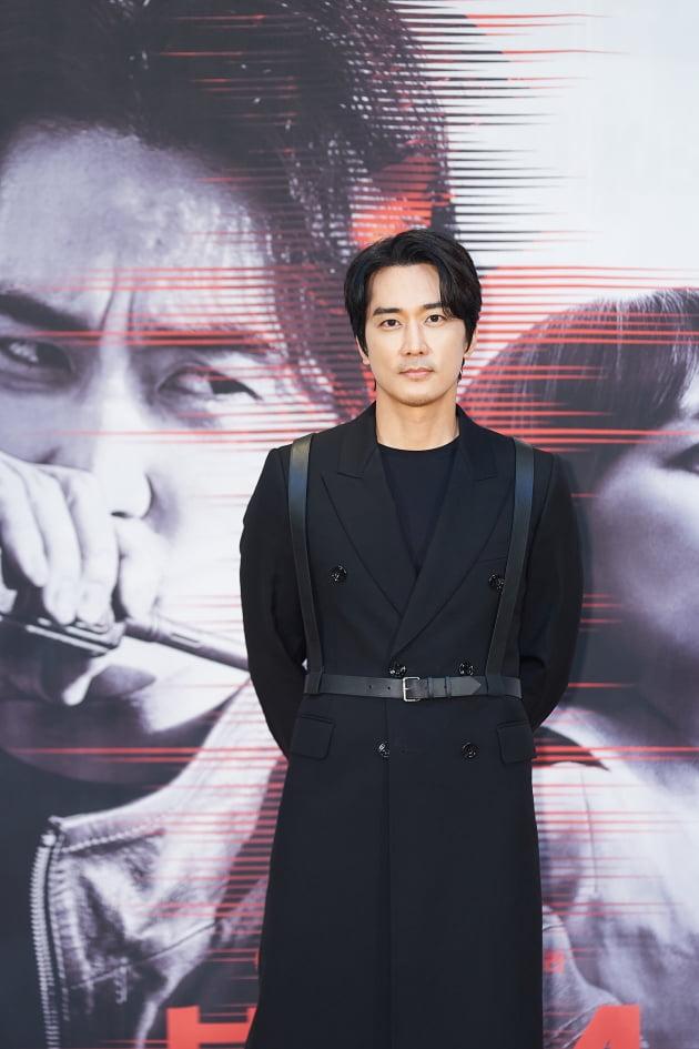 배우 송승헌이 14일 오후 온라인 생중계된 tvN 새 금토드라마 '보이스4: 심판의 시간' 제작발표회에 참석했다. /사진제공=tvN