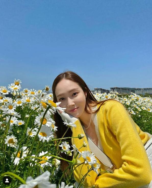 제시카, 얼음공주의 화사한 꽃미소[TEN★]