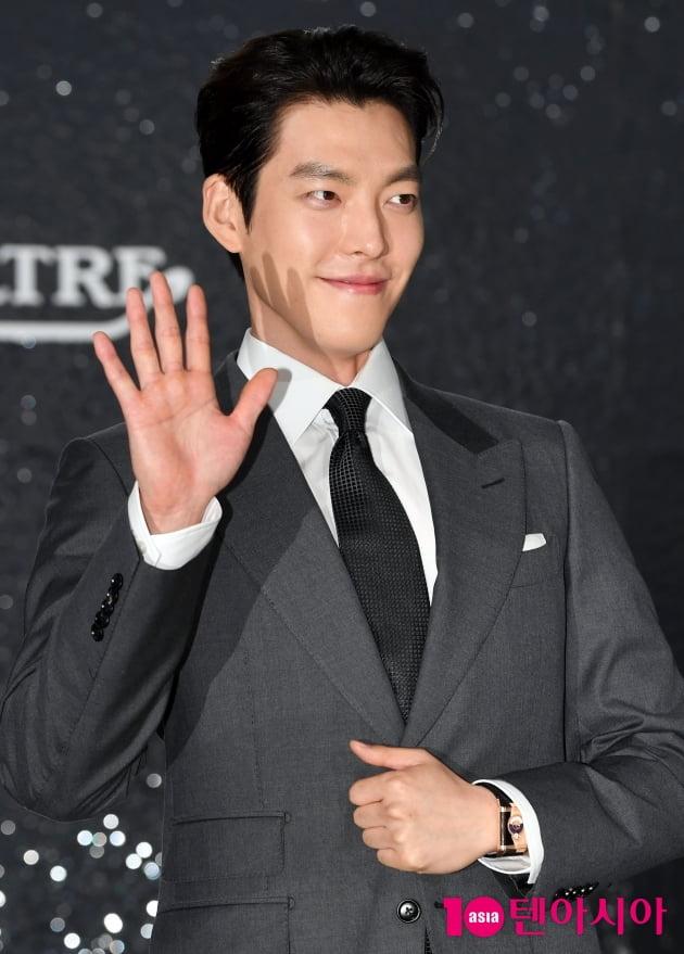 [TEN 포토] 김우빈 '인간 탄산음료 비주얼..청량하다 못해 톡 쏘네'