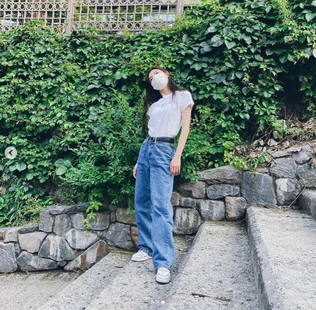 '이광수♥' 이선빈, 아이컨택 한 번에 올킬...자체발광 미모 [TEN★]