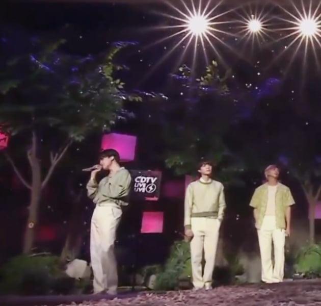 방탄소년단 지민, 일본 열도를 매료시킨 '신의 고음'…필름 아웃('Film out')  첫 선