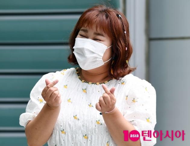 [TEN 포토] 김민경 '애교하트 뿌려요~'