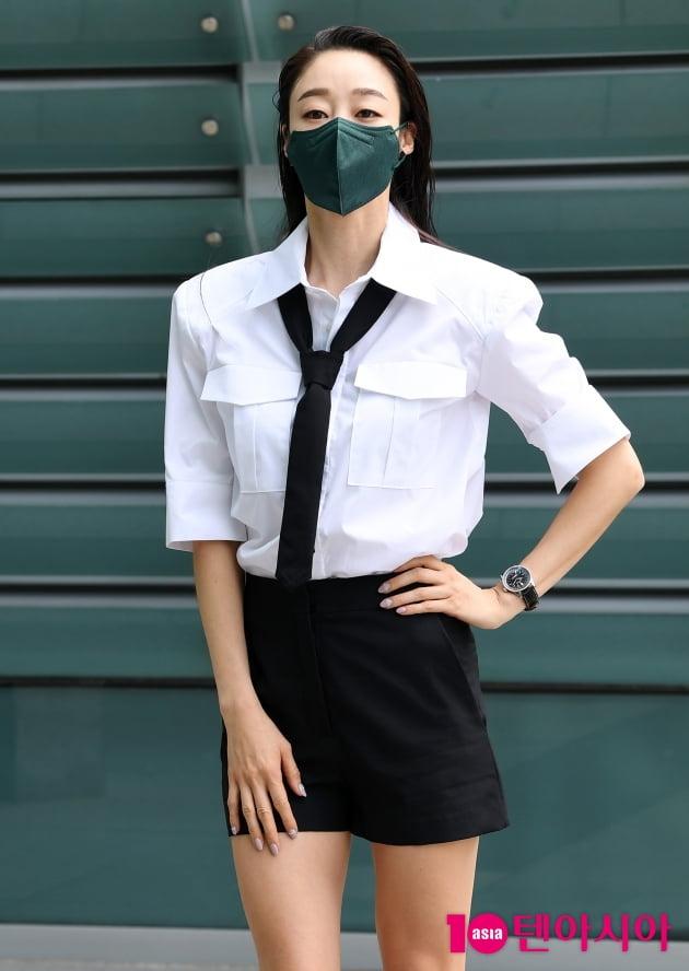 [TEN 포토] 최여진 '깔끔한 블랙&화이트'