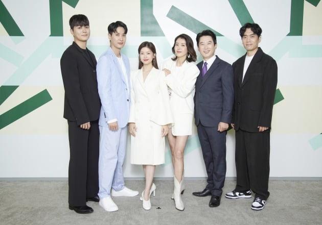 '월간 집' 단체./사진제공=JTBC