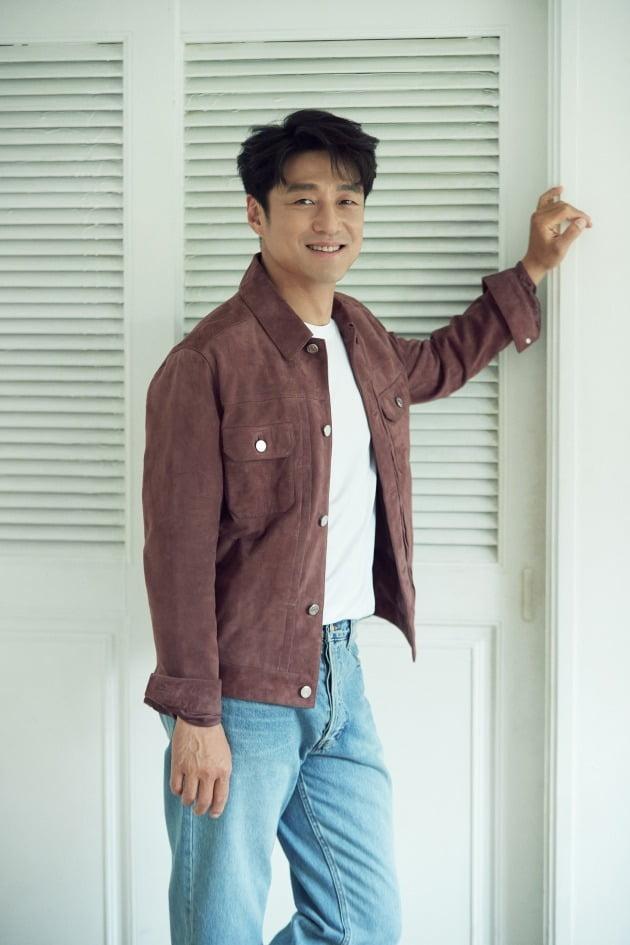 JTBC '언더커버'에서 한정현 역을 맡아 열연한 배우 지진희./사진제공=이끌엔터테인먼트