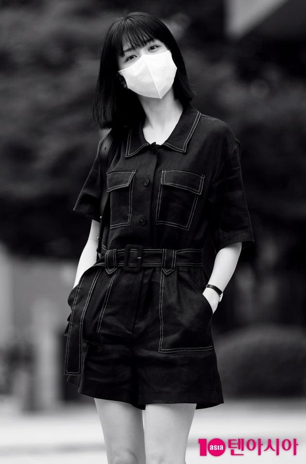 [TEN 포토] 박하선 '흑백으로 가릴 수없는 청순美'
