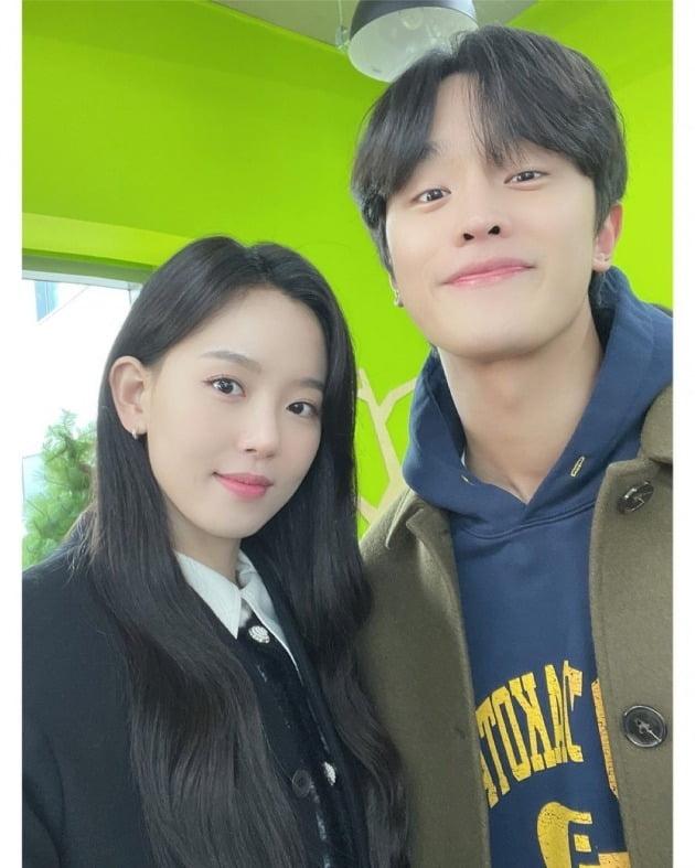 배우 강한나, 김도완 / 사진=강한나 인스타그램