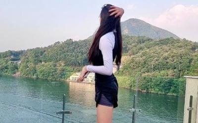'이동국 딸' 재시, 15살 맞나…압도적인 각선미