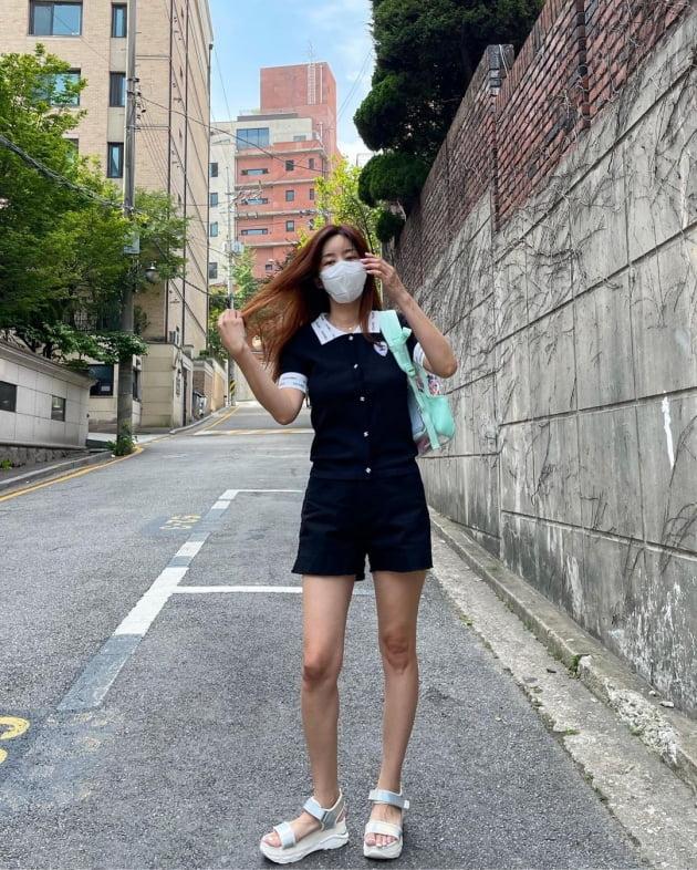 '한재석♥' 박솔미, 명품 C사 로고로 포인트 준 월요 등원룩 [TEN★]