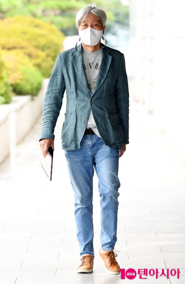 [TEN 포토] 배철수 '청바지가 잘 어울리는 남자'