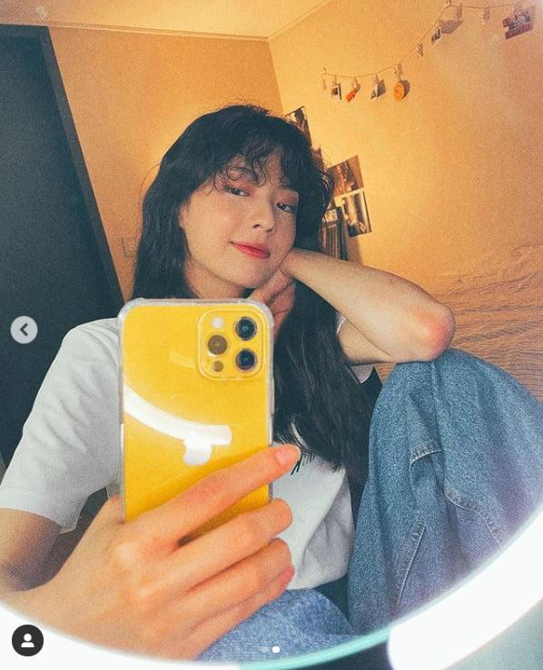 '이광수♥' 이선빈, 뽀글이...미모도 블링블링[TEN★]