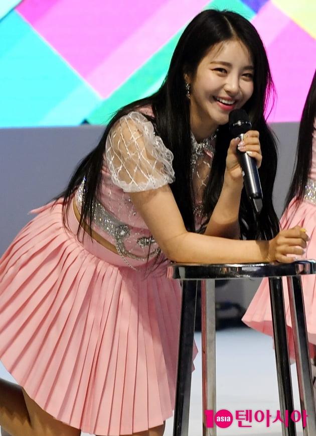 [TEN 포토] 브레이브걸스 유정 '남심 사로잡는 애교 눈웃음'