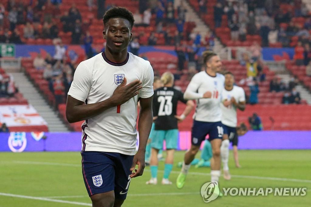 '사카 A매치 데뷔골' 잉글랜드, 오스트리아에 1-0 신승