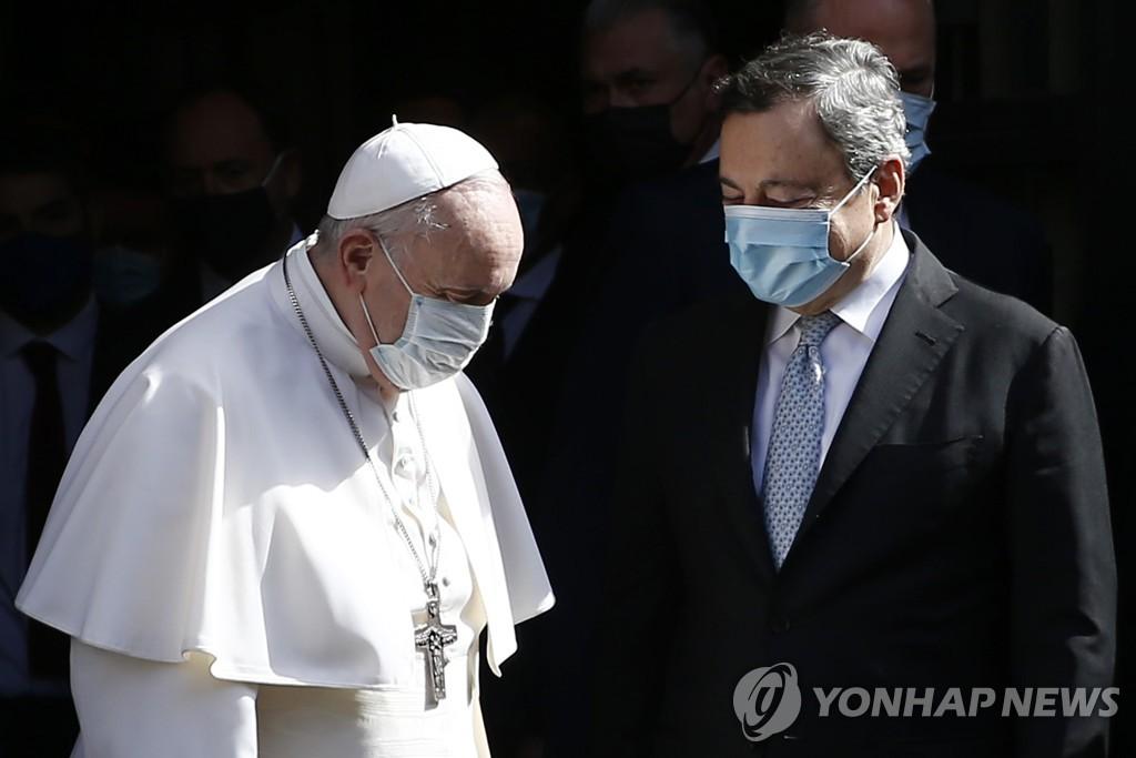 """'성소수자 법안' 교황청 항의에 伊총리 """"우린 세속국가"""" 반박(종합)"""