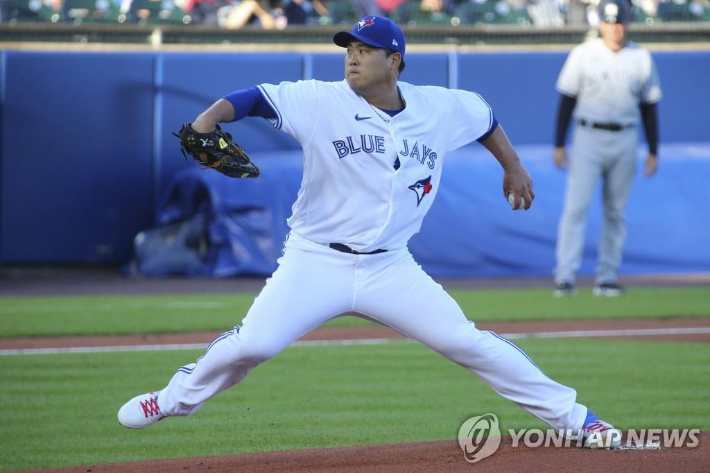 류현진, 양키스전 6이닝 3실점 QS…불펜 난조로 승리 날려(종합)
