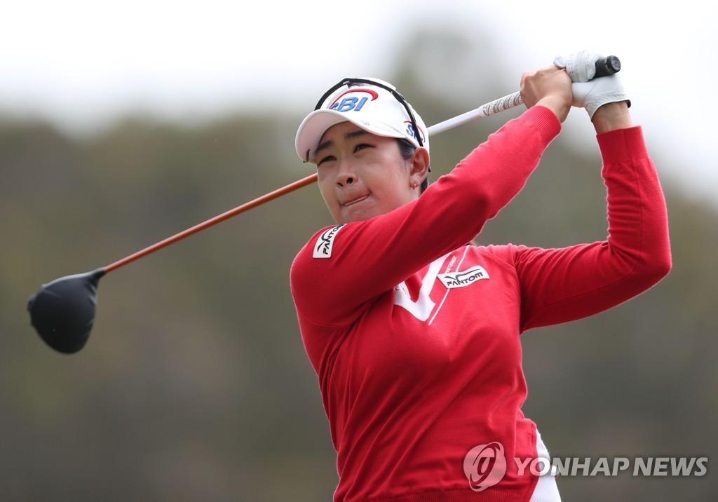 김아림, LPGA 투어 2승 도전…선두와 3타 차 공동 4위