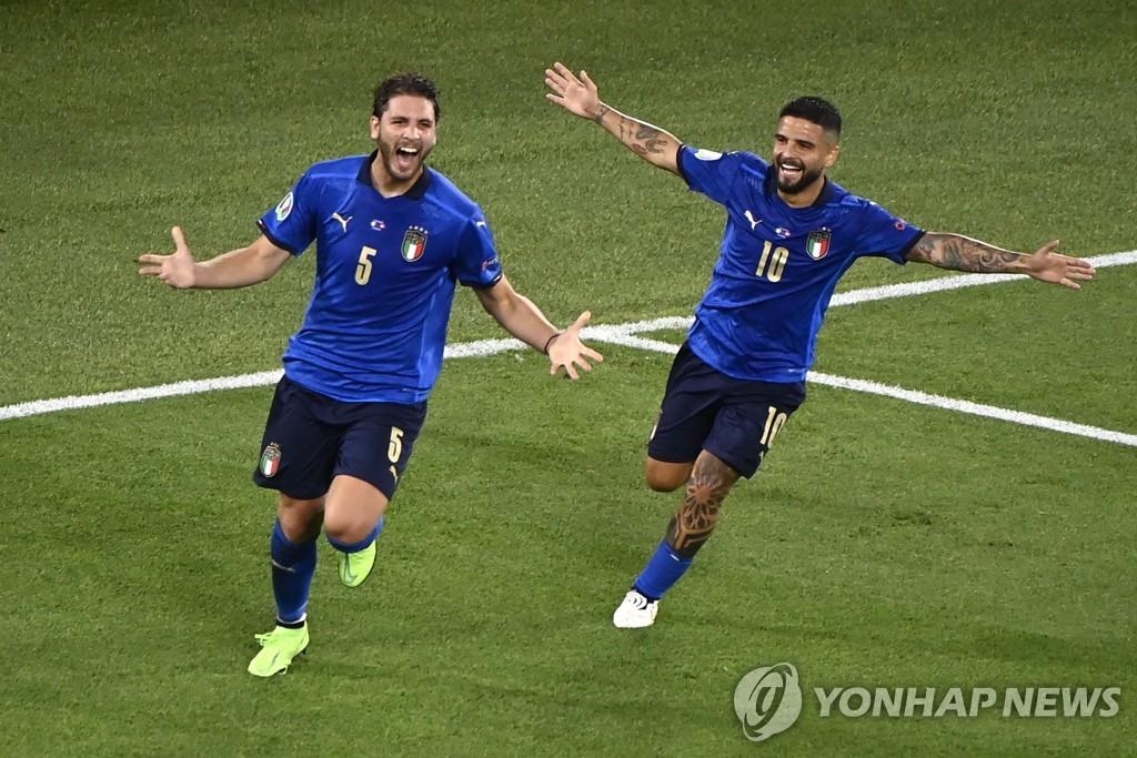 이탈리아, 스위스도 3-0 완파…유로2020 첫 16강행 확정