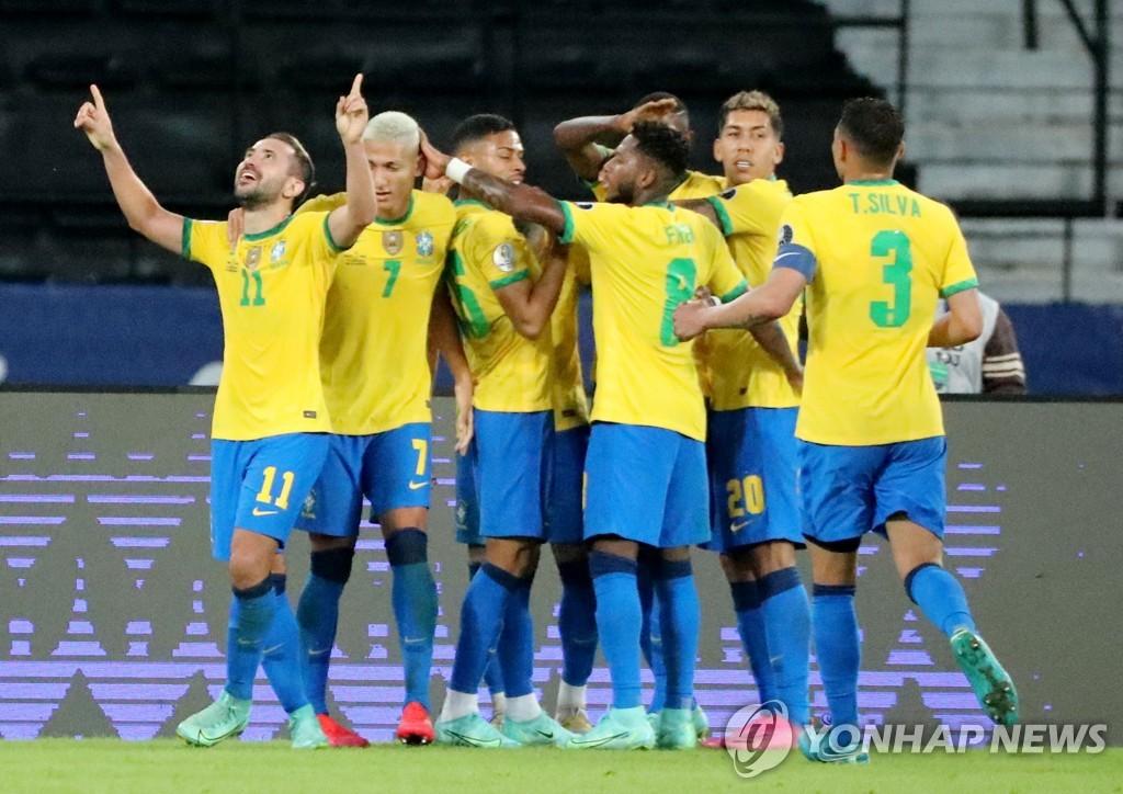 '후반 3골 폭풍' 브라질, 페루 4-0 완파…코파 아메리카 2연승(종합)