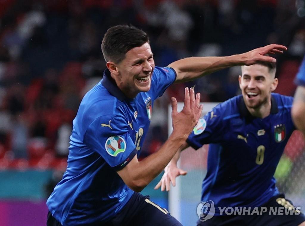 지는 법 잊은 이탈리아, 53년만의 유로 우승 '보인다!'