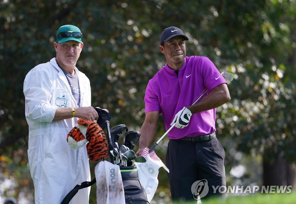 우즈 캐디 라카바, 커플스와 함께 PGA 투어 시니어 대회 출전
